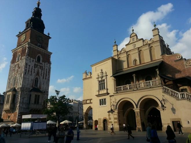 Torre del Antiguo Ayuntamiento y Sukiennice