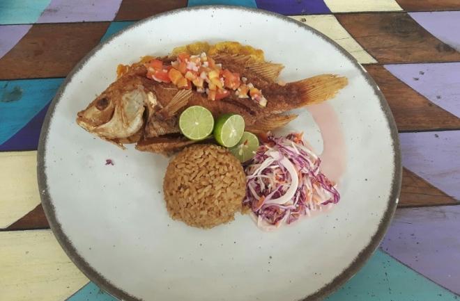 Almuerzo en Fénix Beach