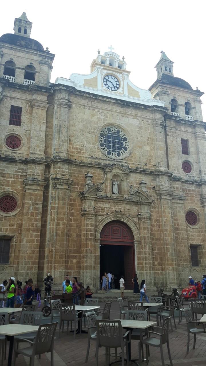 Iglesia San Pedro Clavel
