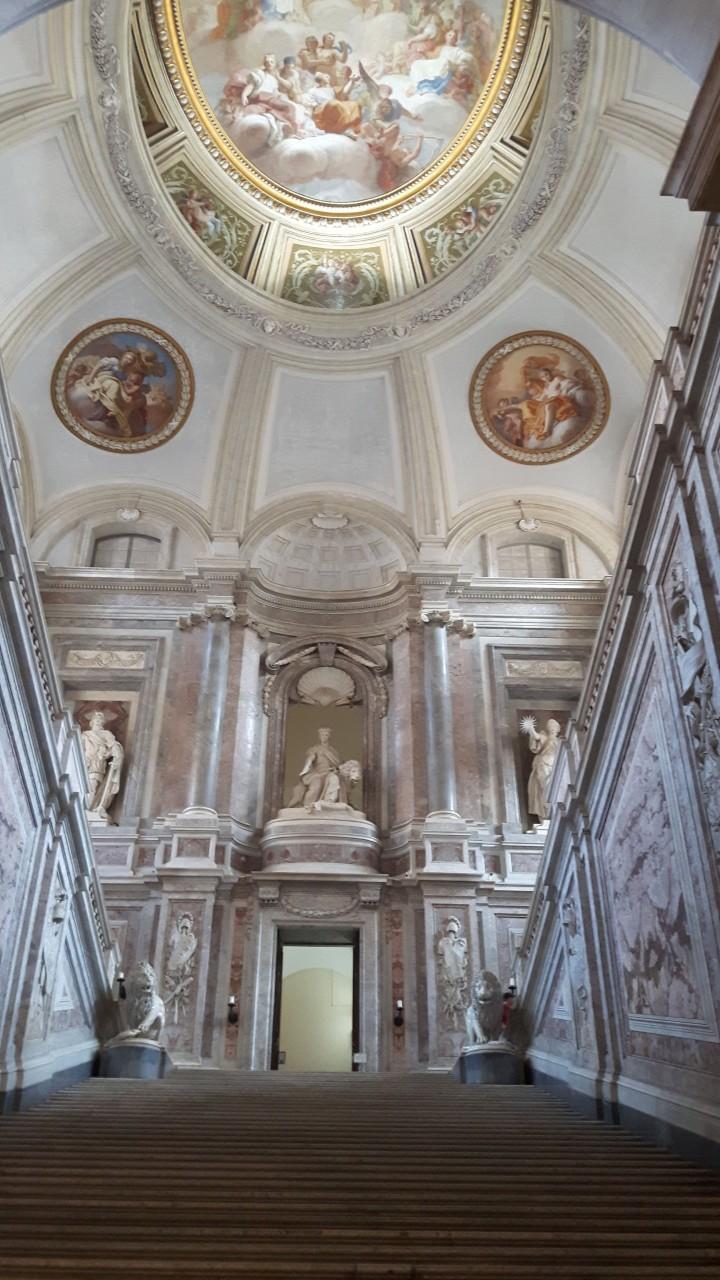 Interior del palacio de Caserta