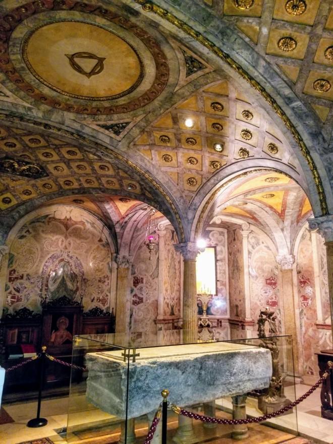 Interior de la Catedral de Módena